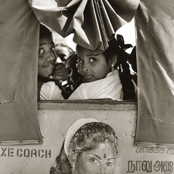 rickshaw-girls-kanchipuram
