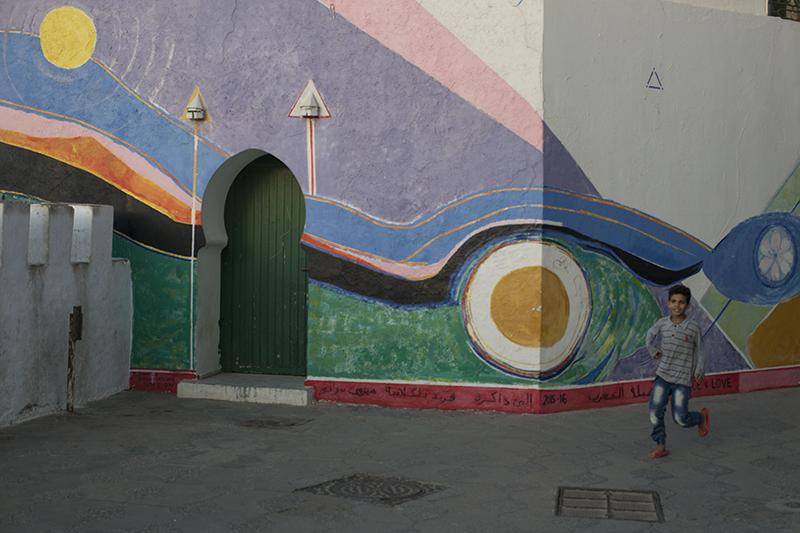 Asilah Boy & Mural.jpg
